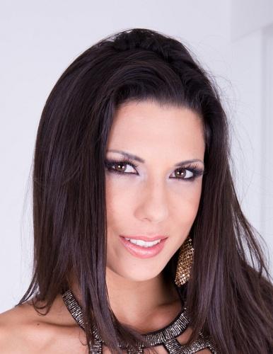 Girl Alexa Tomas