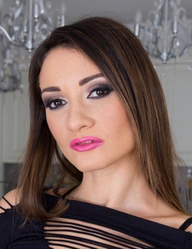 Girl Valentina Bianco