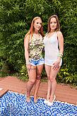 Kyra Hot & Yuliana pic #2