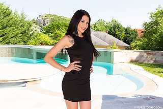 Erika Bellucci pic #3