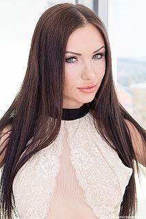 Sasha Rose pic #2